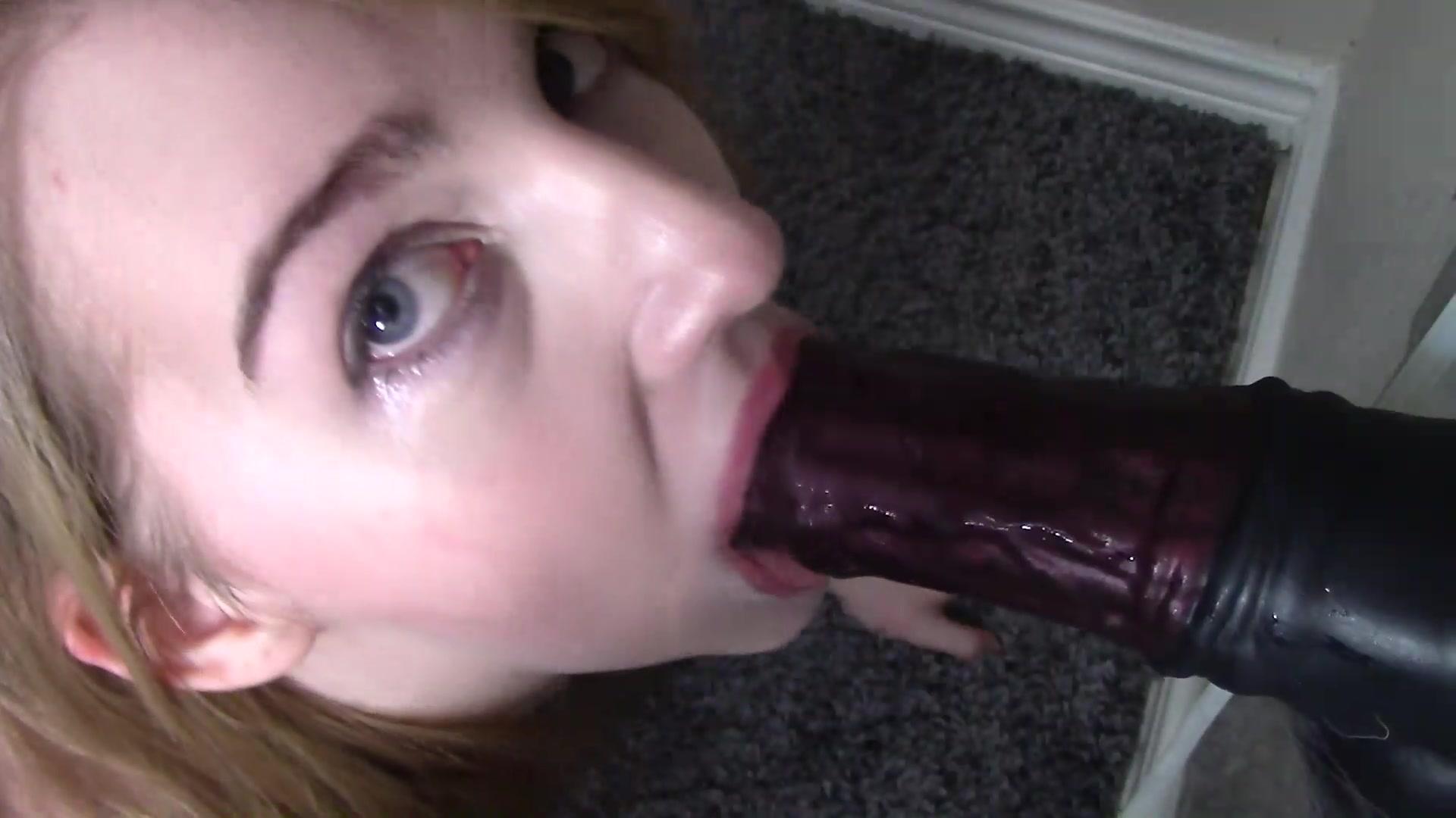 Ebony Deepthroat Cum Swallow